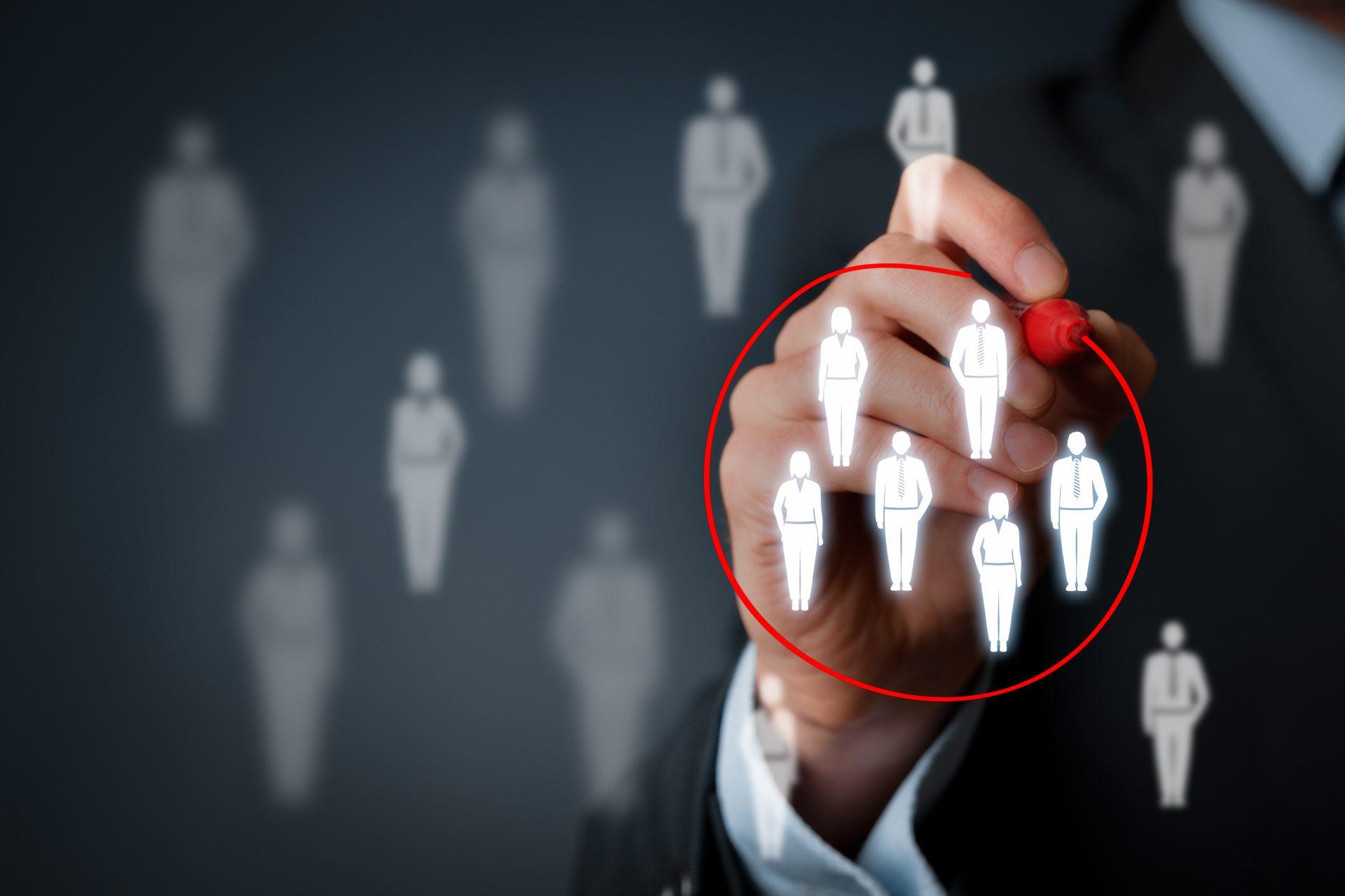 ده مشتری بعدی خود را شناسایی کنید