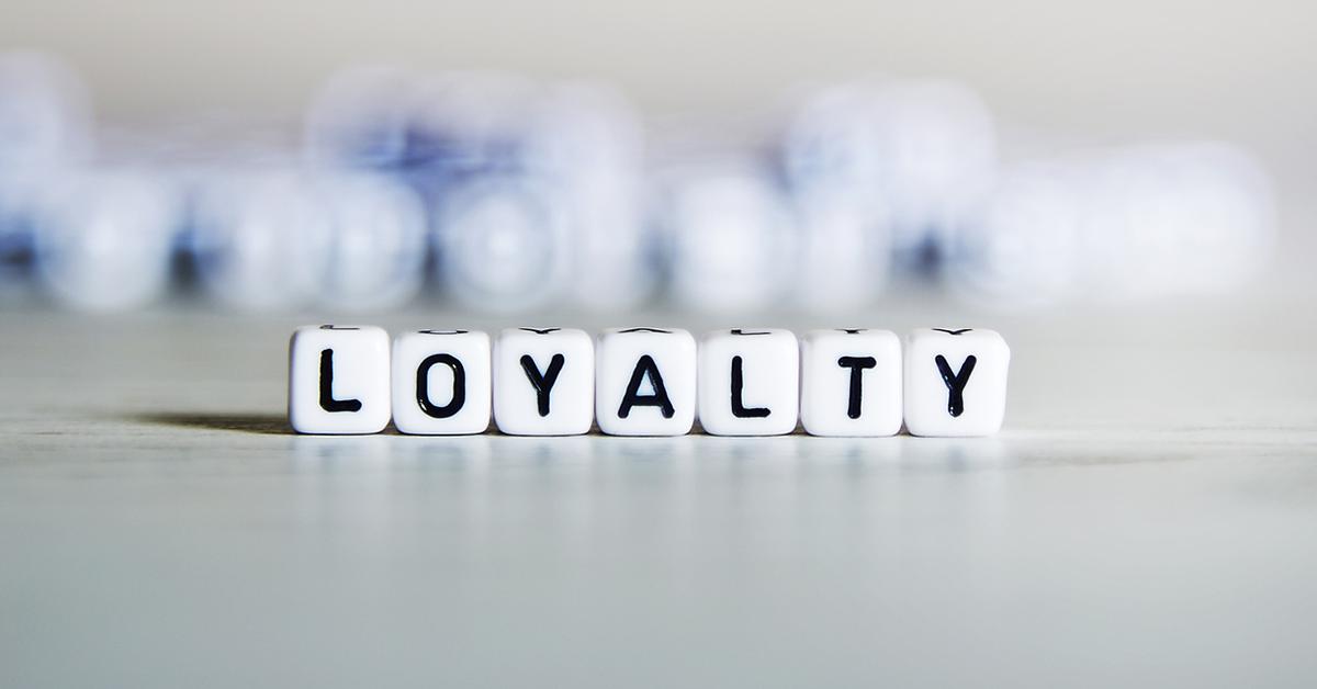 به دست آوردن وفاداری